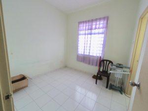 Ejen Rumah Ejen Hartanah DLatania Taman Bandar Senawang GuruHartanah.my